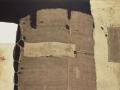 212Alberto Burri (1915-1995) Sacco e bianco (« Sac et blanc ») 1953 Huile, enduit, toiles diverses, toile à sac fixées H. : 149 cm ; L. : 249,5 cm Paris, musée national d'Art moderne – Centre Georges-Pompidou